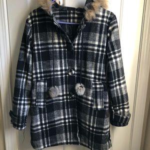 Jackets & Blazers - Cute black and white plaid winter jacket